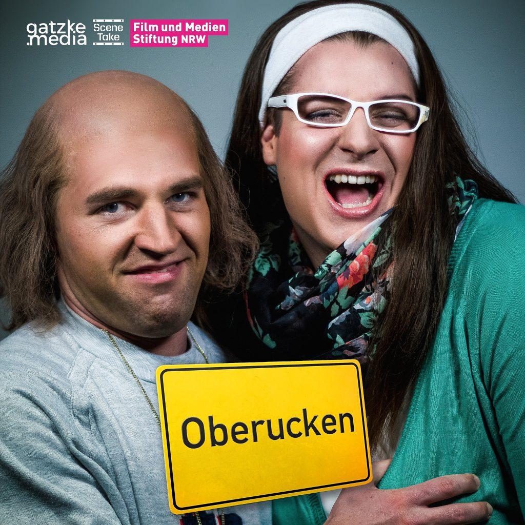 "Im Bild, Lars Fricke als ""Bernd"" & Daniel Gatzke als ""Adelheid"" in der Mockumentary Oberucken"